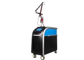 China Berufssafe Nd Yag Laser-Tätowierungs-Abbau-Maschine Picosure 755nm für Schönheits-Salon fournisseur